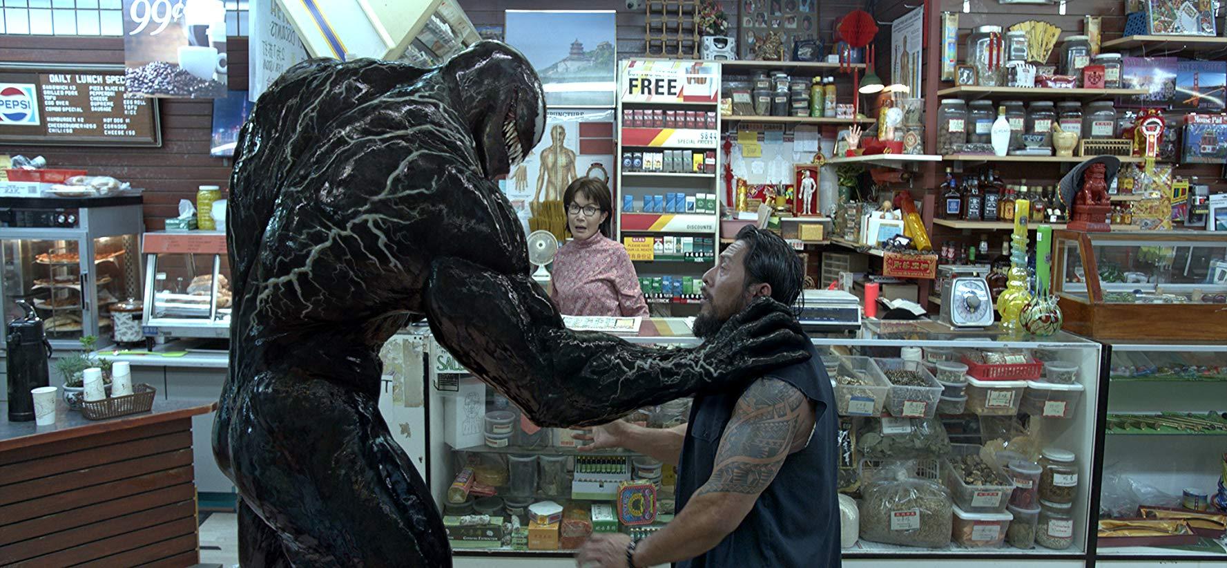 Venom. Læs anmeldelsen på filmpuls.dk