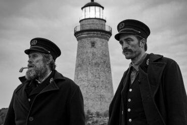 The Lighthouse, Robert Pattinson og Willem Dafoe. Læs anmeldelsen på Filmpuls.dk