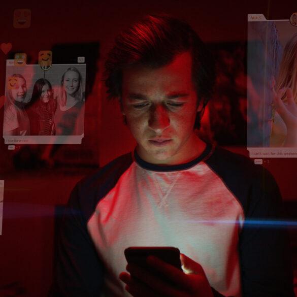 'The Social Dilemma' med Skyler Gisondo. Læs anmeldelsen på Filmpuls.dk