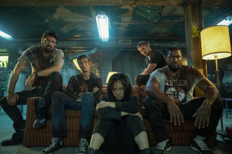 THE BOYS sæson 2 med Karl Urban, Jack Quaid, Tomer Capon, Karen Fukuhara og Laz Alonso. Læs anmeldelsen på Filmpuls.dk