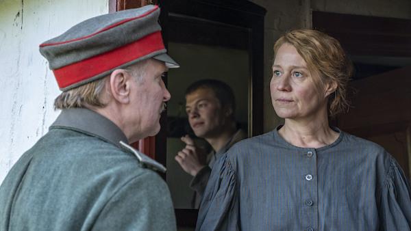 Erna i Krig, Trine Dyrholm, Filmpuls filmanmeldelse