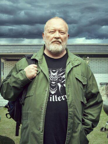 Ulven kommer, Bjarne Henriksen, Flora Ofelia Lindahl Hoffmann