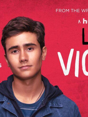 """Læs anmeldelsen af """"Love, Victor"""" på Filmpuls.dk"""