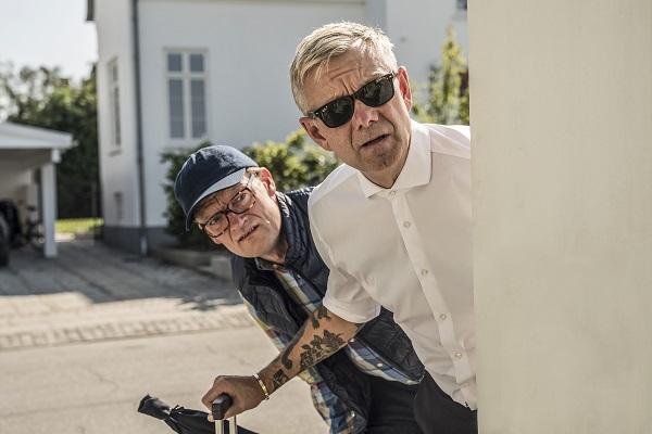 Klovn. Casper Christensen. Frank Hvam. Læs anmeldelsen på Filmpuls.